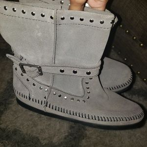Minnetonka gray studded short boots